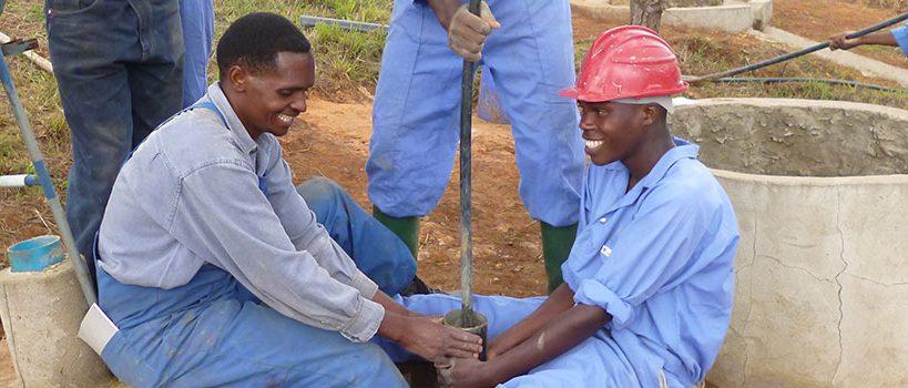 Deepening a well using the Mzuzu Drilling - tube bailer - technology